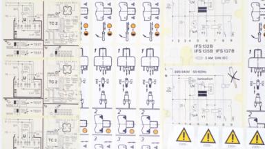 Maschinenetiketten als Montageanleitungen mit verschiedenen Beschriftungen und Symbolen